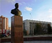 Ярославль. Памятник Михаилу Фрунзе
